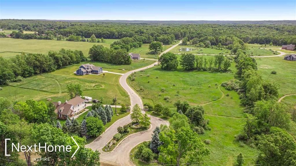 Photo of 12685 MEADOW VIEW CIRCLE, LOT 46, HOLLY Township, MI 48442 (MLS # 5050039583)
