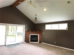 Tiny photo for 5955 CUMMINGS Drive, Independence Township, MI 48346 (MLS # 219046595)