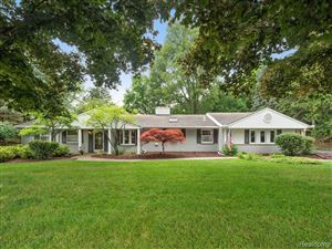 Photo for 2644 MARIE Circle, Bloomfield Township, MI 48302 (MLS # 219067604)