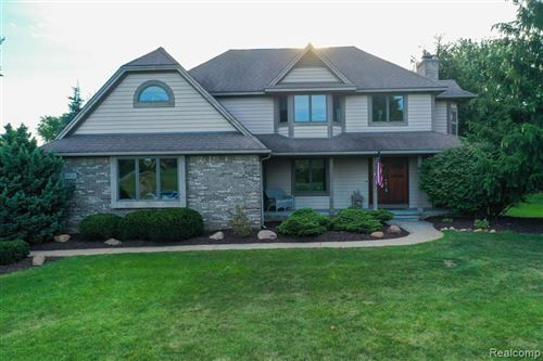 Photo of 8458 South Shore Drive, Independence Township, MI 48348 (MLS # 2210066605)
