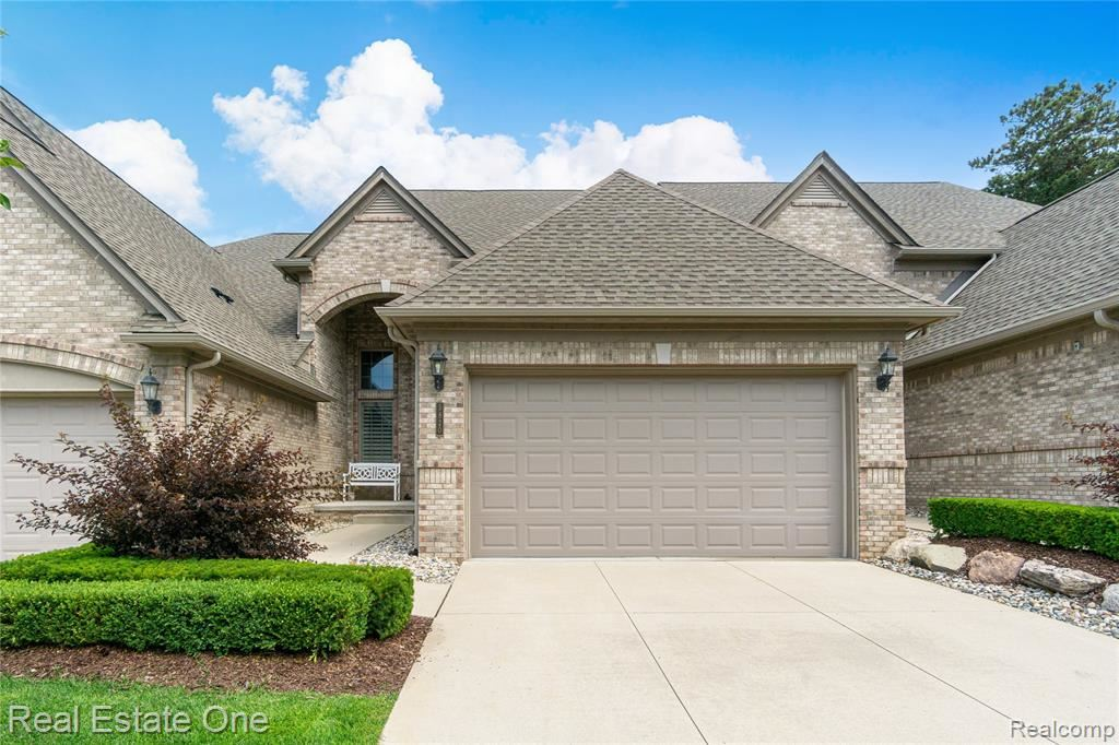 Photo for 5820 KNOB HILL Circle, Independence Township, MI 48348 (MLS # 2210056607)