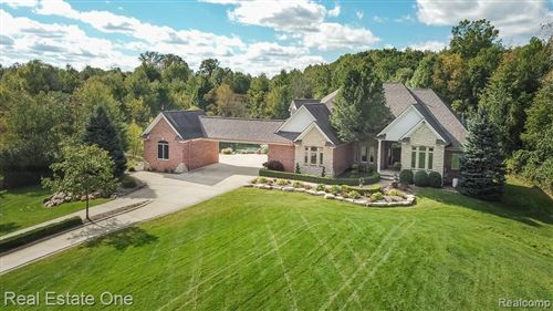Photo of 1832 N Rochester Road, Oakland Township, MI 48363 (MLS # 2200071608)