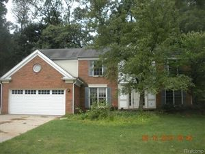 Photo of 3350 PARK FOREST Drive, West Bloomfield, MI 48324 (MLS # 219102622)