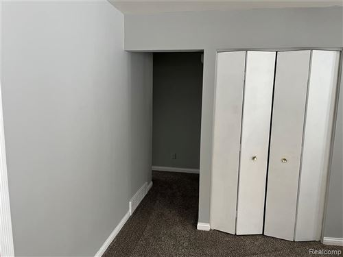 Tiny photo for 5985 Sunnydale Road, Independence Township, MI 48346 (MLS # 2210060653)