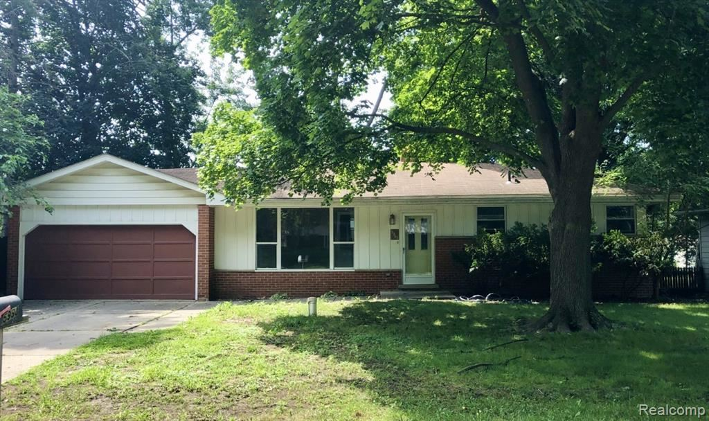 Photo for 5985 Sunnydale Road, Independence Township, MI 48346 (MLS # 2210060653)