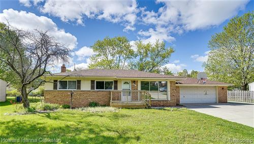 Photo of 6463 Church Street, Independence Township, MI 48346 (MLS # 2210032654)