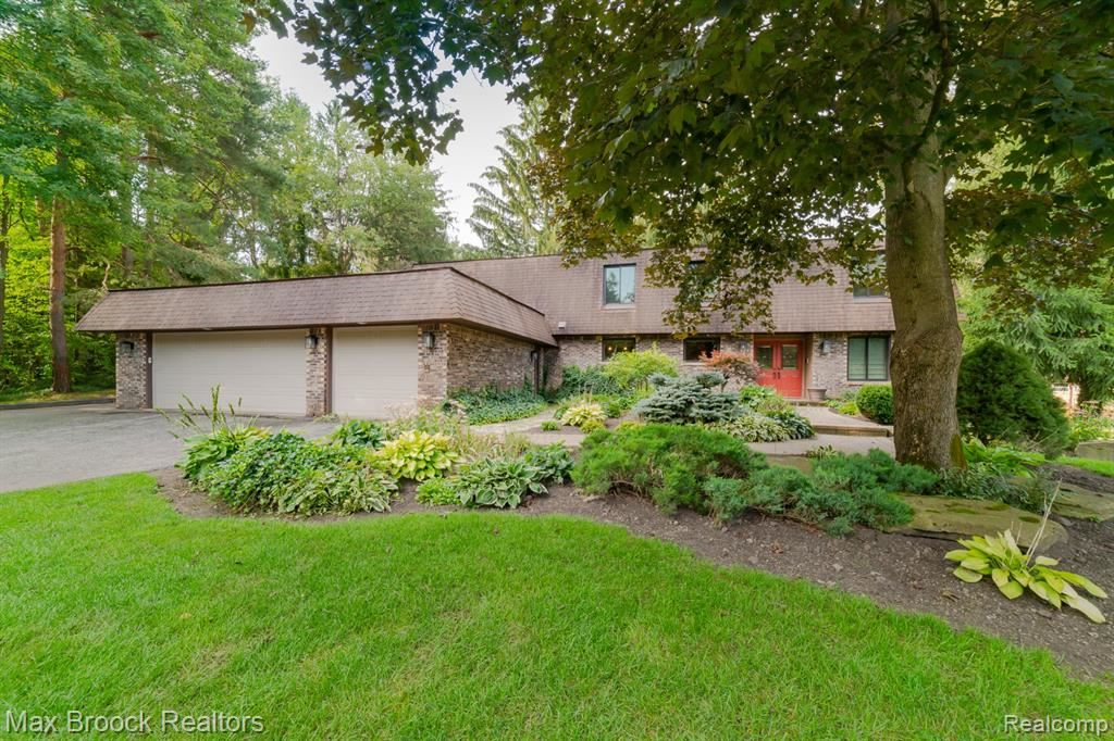 Photo for 5401 BOYNE HIGHLAND TRAIL, Independence Township, MI 48348 (MLS # 2210070658)