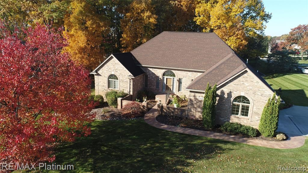 Photo for 6828 BERRY POINTE Drive, Independence Township, MI 48348 (MLS # 2200020663)