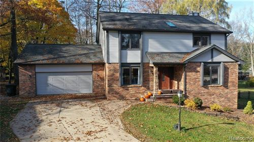 Photo of 5905 MISTY HILL Court, Independence Township, MI 48346 (MLS # 2210002676)