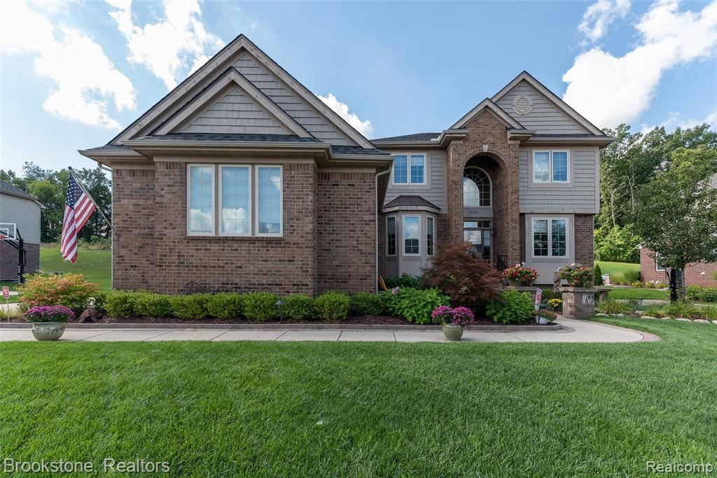 5856 STRAWBERRY Circle, Commerce, MI 48382 - MLS#: 2200071680