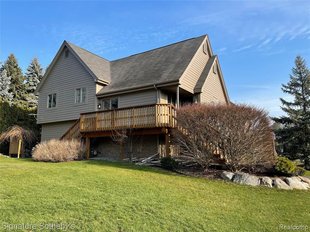 Photo for 5603 NORTHCREST Crossing N, Independence Township, MI 48346 (MLS # 2210000680)