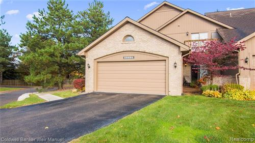 Photo of 29691 SIERRA POINT Circle, Farmington Hills, MI 48331 (MLS # 2200012681)