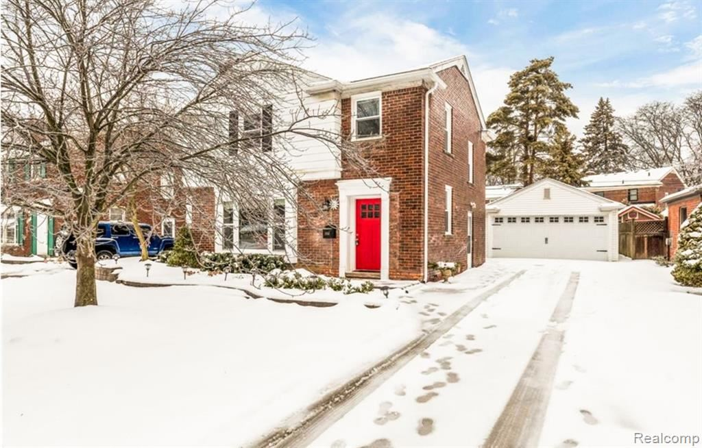 Photo for 2958 WOODSLEE DR Drive, Royal Oak, MI 48073 (MLS # 2200010686)