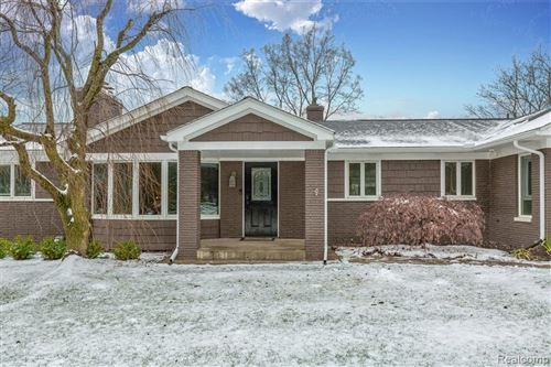 Tiny photo for 3330 SUNNYHILL Court, Bloomfield Township, MI 48304 (MLS # 2210000689)