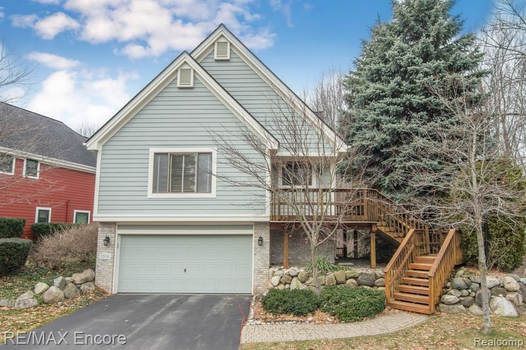 Photo for 5558 NORTHCREST VILLAGE Drive, Independence Township, MI 48346 (MLS # 2200019696)