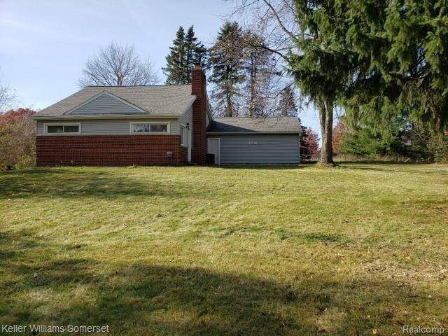 Photo of 270 S Coats Road, Oxford Township, MI 48051 (MLS # 2200099706)