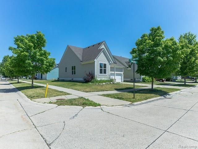 Photo of 32433 THATCHER Street 122, New Haven Village, MI 48048 (MLS # 2200059710)