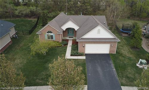 Photo of 186 Beaumont Court, Oxford Township, MI 48446 (MLS # 2210022716)