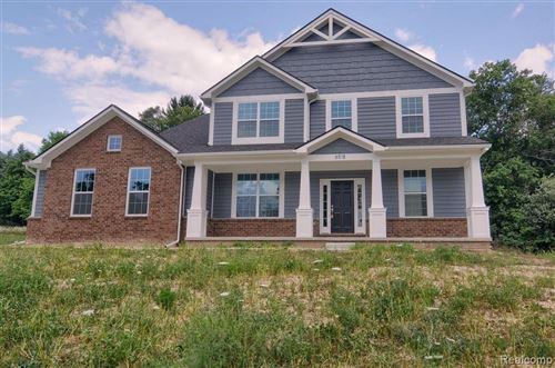 Photo of 6518 CAMBRIDGE Circle, Independence Township, MI 48346 (MLS # 2200064725)