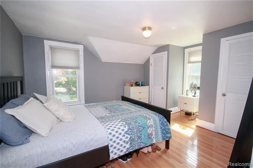 Tiny photo for 33212 OAKLAND Avenue S, Farmington, MI 48336 (MLS # 2200083734)