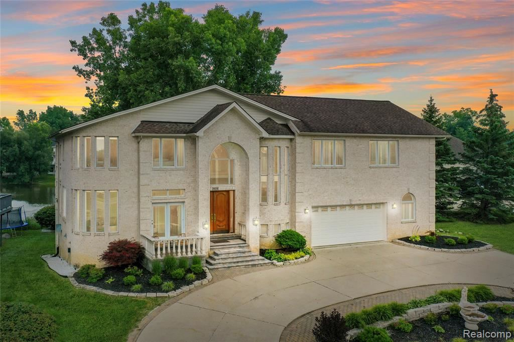 1406 FOREST BAY Drive, Waterford, MI 48328 - MLS#: 2210077737