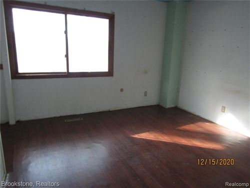 Tiny photo for 9879 DIXIE HWY, Springfield Township, MI 48348 (MLS # 2210003741)
