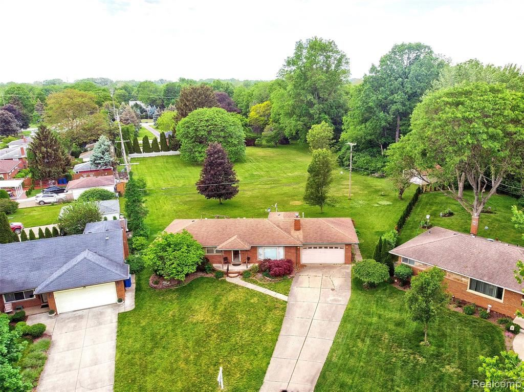 27160 CLAIRVIEW Drive, Dearborn Heights, MI 48127 - MLS#: 2210041741