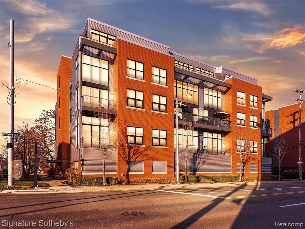 100 N CENTER Street #204, Royal Oak, MI 48067 - MLS#: 2200094751