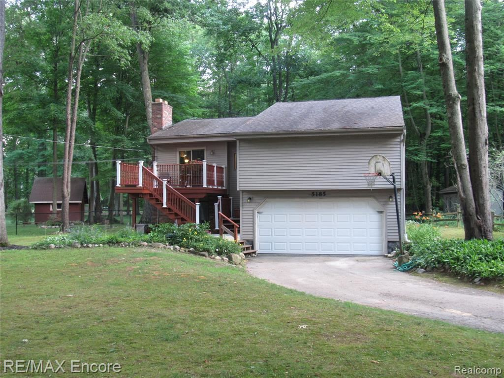 Photo for 5185 Woodlane Road, Independence Township, MI 48348 (MLS # 219067754)