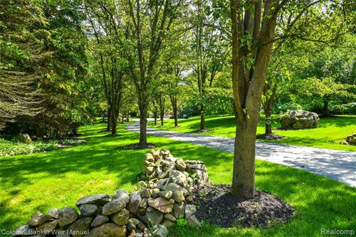 Tiny photo for 9250 FOX HOLLOW Road, Independence Township, MI 48348 (MLS # 2210071773)
