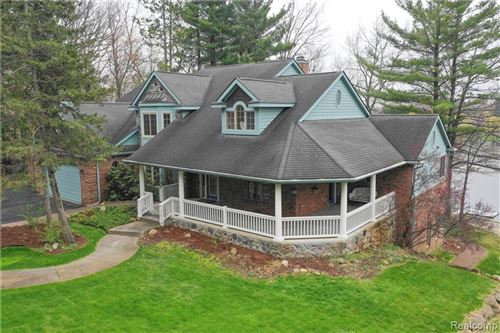 Photo of 6650 CRANBERRY LAKE Road, Independence Township, MI 48348 (MLS # 2200054776)
