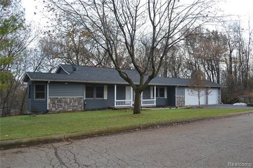 Photo of 4997 IROQUOIS Boulevard, Independence Township, MI 48348 (MLS # 219118783)