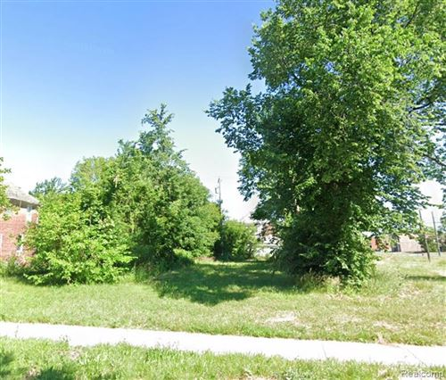 Photo of 643 E PHILADELPHIA, Detroit, MI 48202 (MLS # 2210019794)