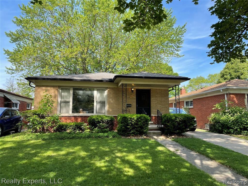 3926 CLIPPERT Street, Dearborn Heights, MI 48125 - MLS#: 2210060806