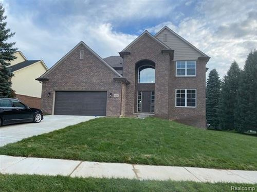 Photo of 6179 Foxfire Circle, Independence Township, MI 48346 (MLS # 2200057810)
