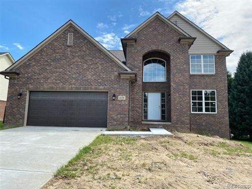Photo of 6135 Foxfire Circle, Independence Township, MI 48346 (MLS # 2200057815)