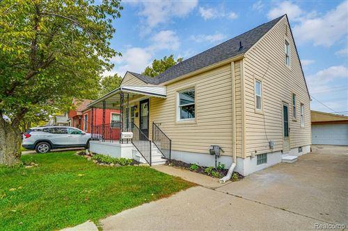 Photo for 29830 JOHN J Street, Roseville, MI 48066 (MLS # 2200084824)