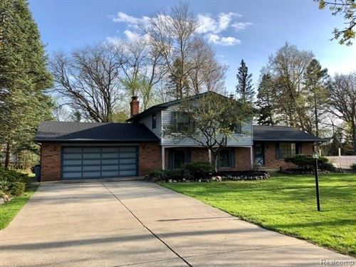 Photo of 6501 MAYBEE Road, Independence Township, MI 48346 (MLS # 2200016825)
