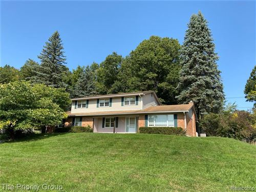 Photo of 6554 CRANBERRY LAKE Road, Independence Township, MI 48348 (MLS # 2200079832)
