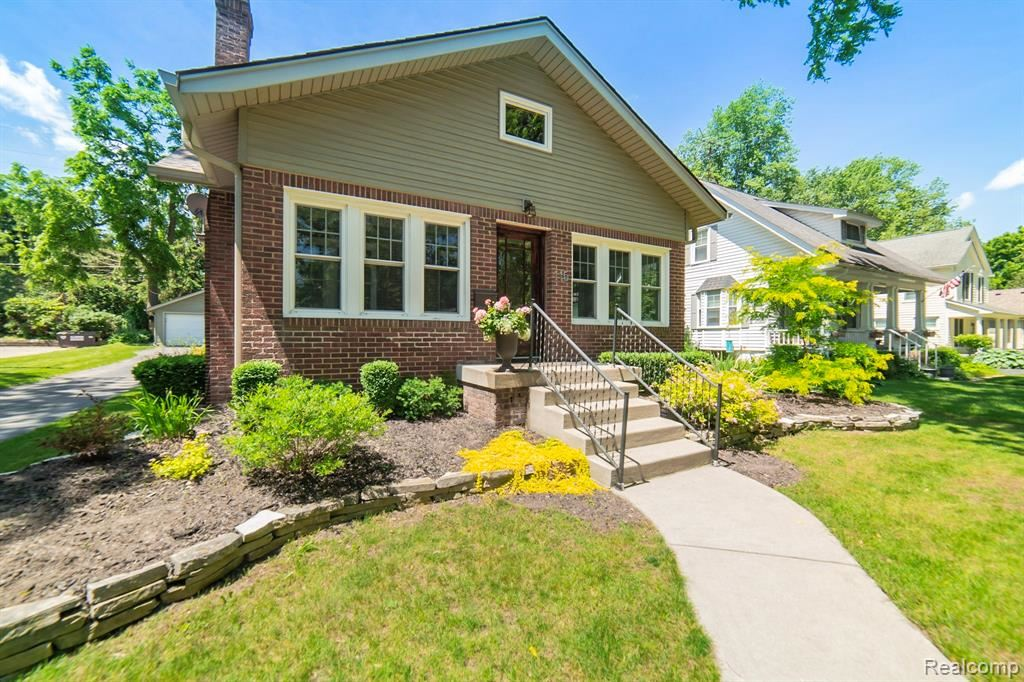 Photo for 115 Holcomb Road, Independence Township, MI 48346 (MLS # 219063842)