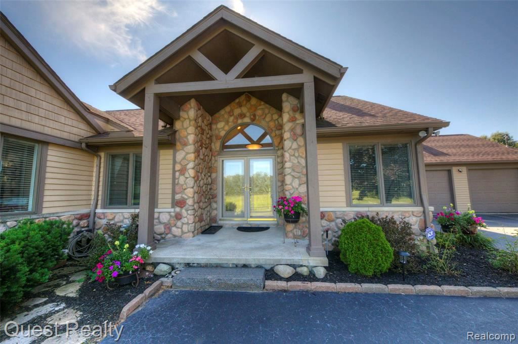 Photo for 8325 ALLEN Road, Independence Township, MI 48348 (MLS # 2210054849)