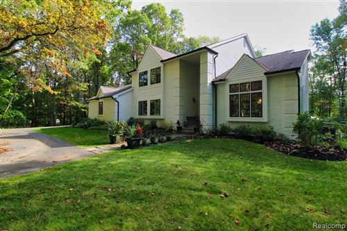 Photo of 8400 PERRY LAKE Road, Independence Township, MI 48348 (MLS # 2200080857)