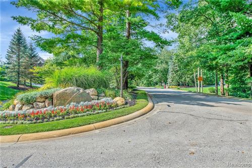 Tiny photo for 9235 LAKEBLUFF Drive, Springfield Township, MI 48348 (MLS # 2210076859)