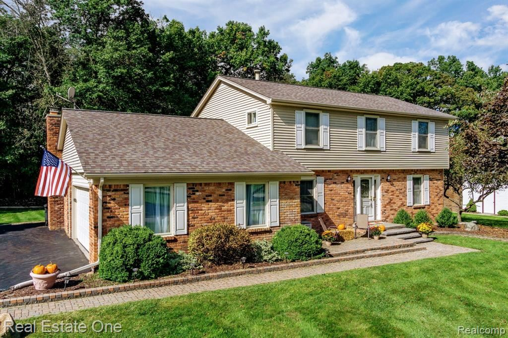 Photo for 9701 KLAIS Road, Independence Township, MI 48348 (MLS # 219103863)