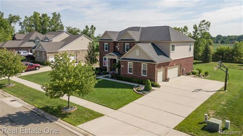 Photo of 62884 Crimson Drive, Washington Township, MI 48094 (MLS # 2200065864)