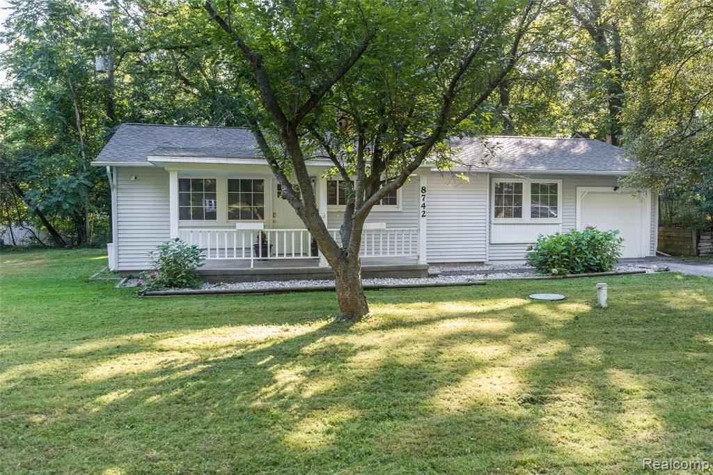 Photo for 8742 THENDARA Boulevard, Independence Township, MI 48348 (MLS # 219098865)