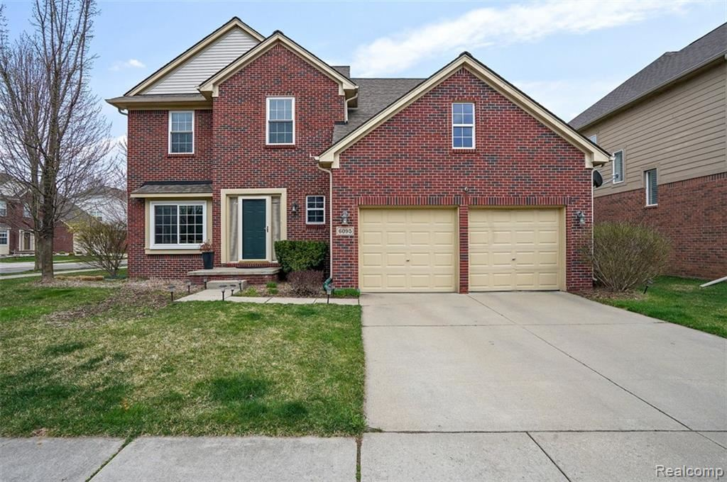 Photo for 6095 CHESHIRE PARK Drive, Independence Township, MI 48346 (MLS # 219037867)