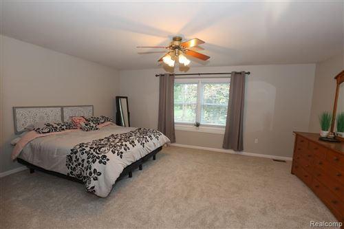 Tiny photo for 445 BRISTOL Lane, Orion Township, MI 48348 (MLS # 2210051874)