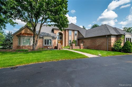Photo of 848 Shrewsbury Drive, Orion Township, MI 48348 (MLS # 2210064874)