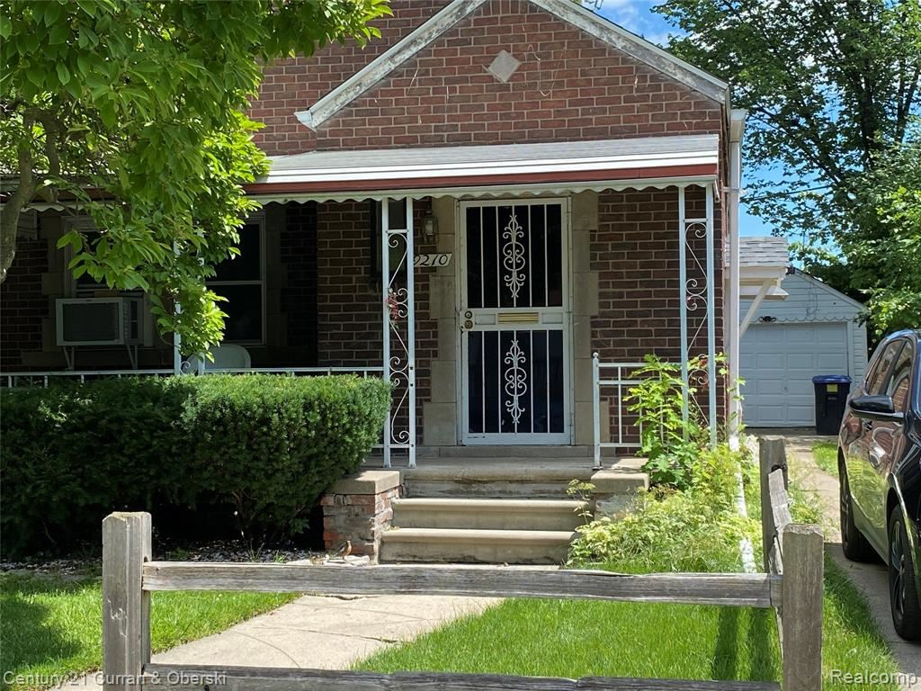 9210 KING RICHARD Street, Detroit, MI 48224 - MLS#: 2210055875